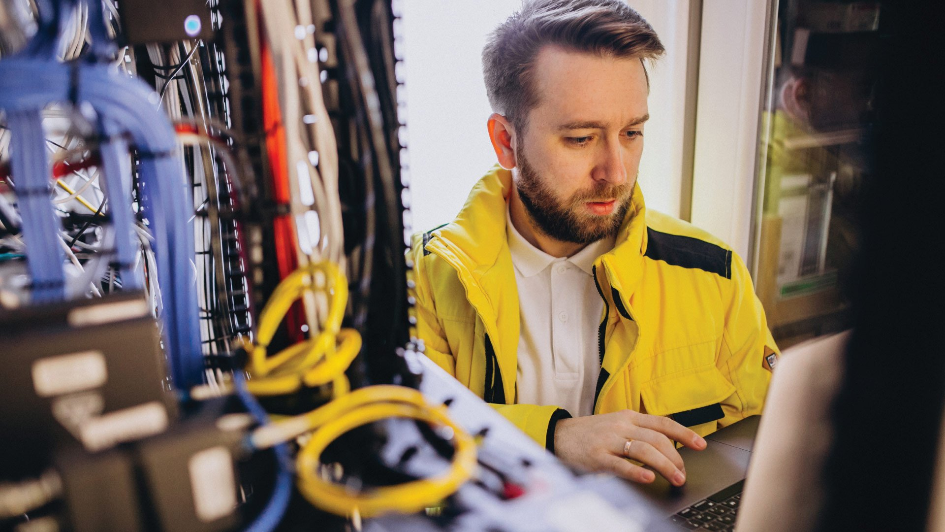 telecommunication technician field tap